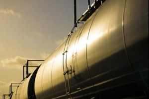 Alberta expects $1.7 billion profit from crude-by-rail operation