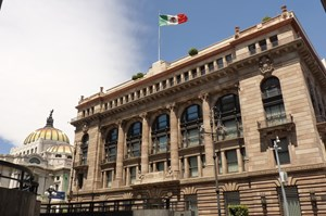 Pemex could receive $7 billion to pay ballooning debt