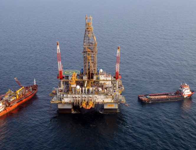 Pemex lucha por financiar el campo petrolero de Zama que luchó por controlar