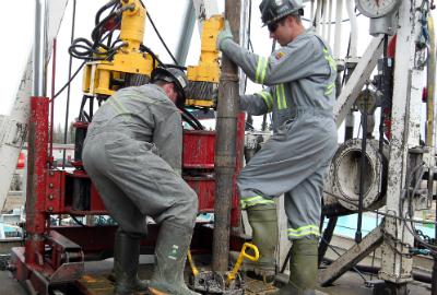 La demanda canadiense de petróleo ligero aumenta a medida que las refinerías evitan la dependencia del gas