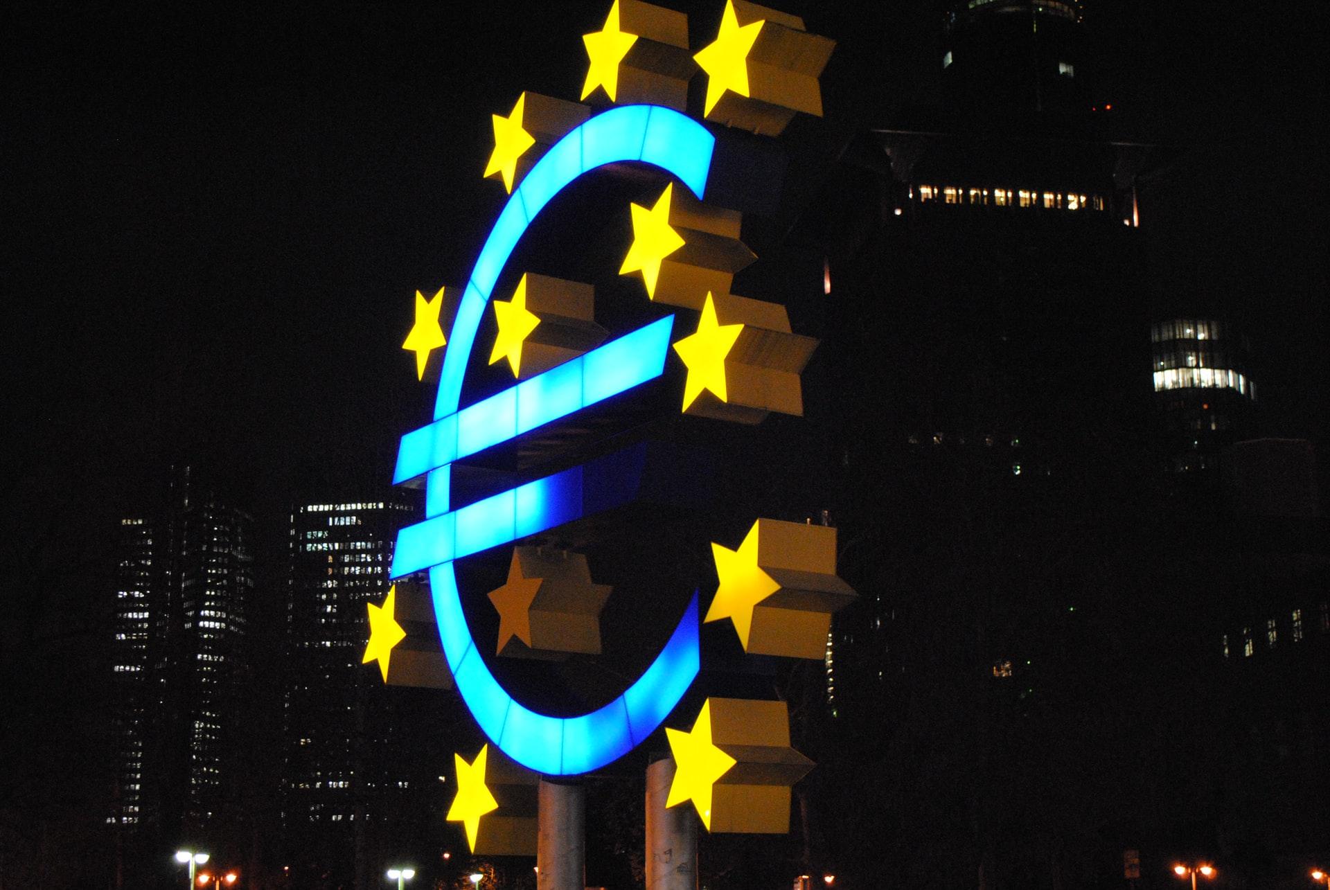 Los precios europeos del gas caen según lo previsto por un clima templado y ventoso