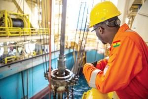 Tripulación de Eni en alta mar de Ghana