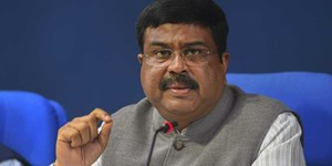 Indian oil and gas minister Dharmendra Pradhan