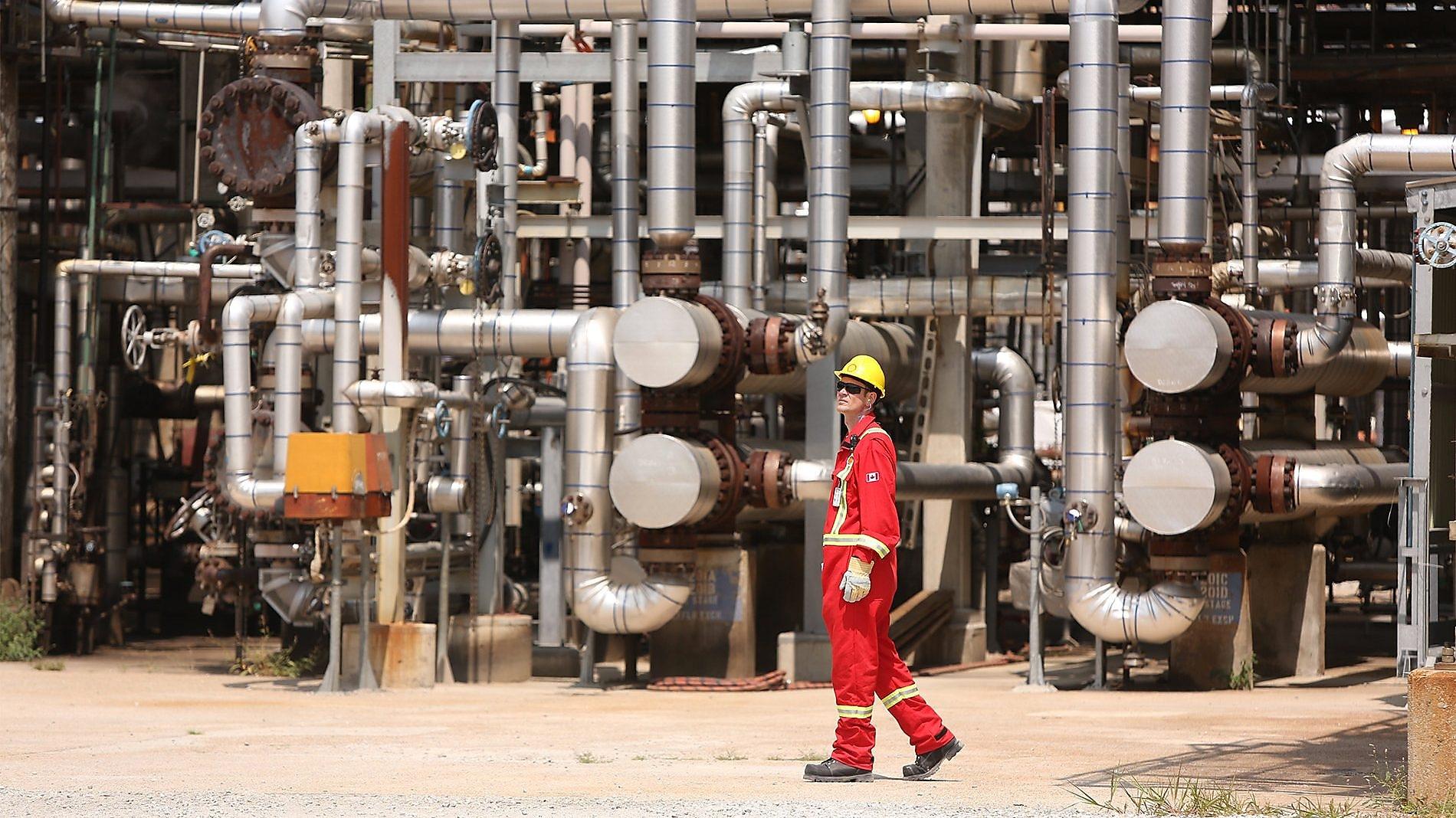 Pemex sigue adelante con la compra de una refinería estadounidense que pierde dinero
