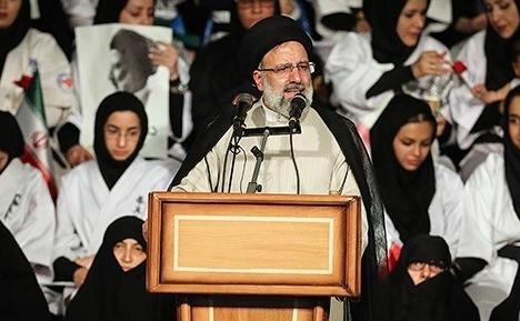 Las potencias mundiales se reúnen sobre las sanciones a Irán después de que la línea dura ganara el poder