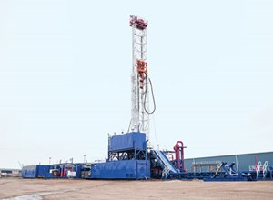 Fig. 4. After drilling the Amungee horizontal well, the Schlumberger advanced-technology Rig 185 will be used in Falcon's 2016 Beetaloo program. Image: Schlumberger.
