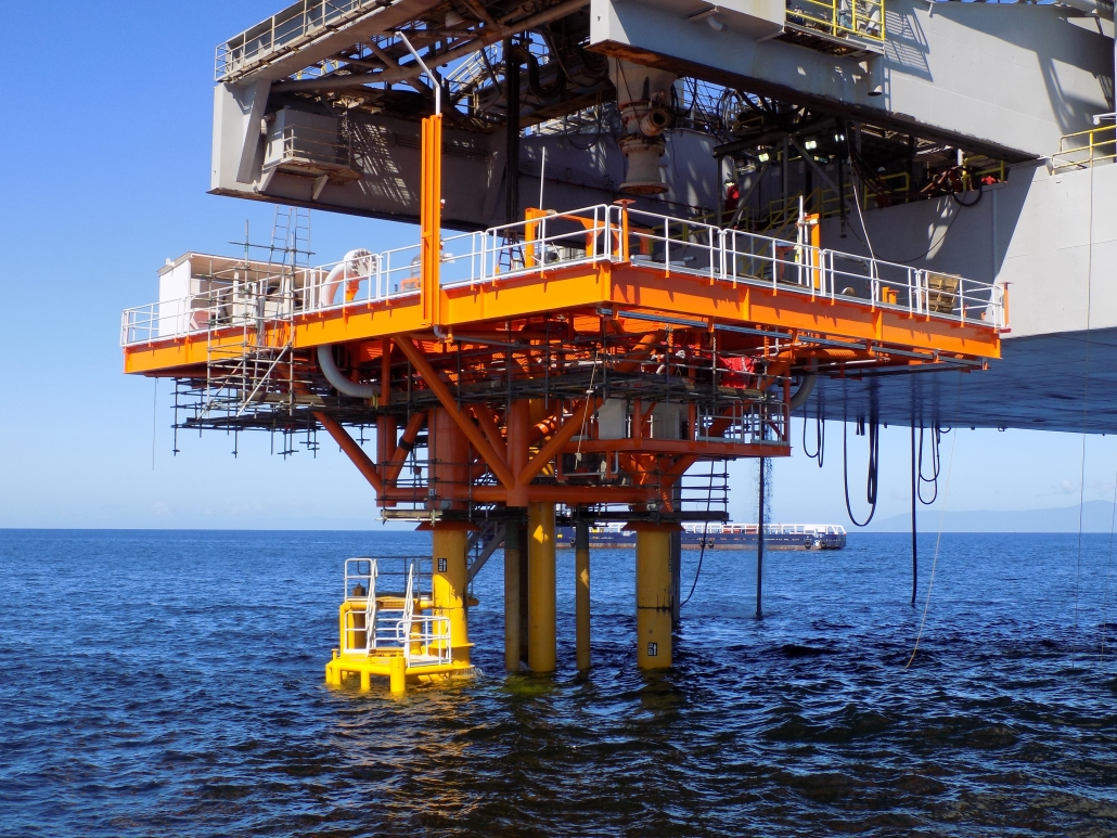 Aquaterra Energy designs, fabricates and installs first CSP platform