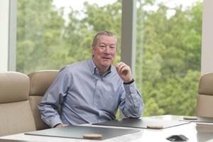 Ex-Halliburton Chairman Lesar to start new oil-services company